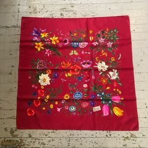 Vintage Floral Silk Gucci Scarf